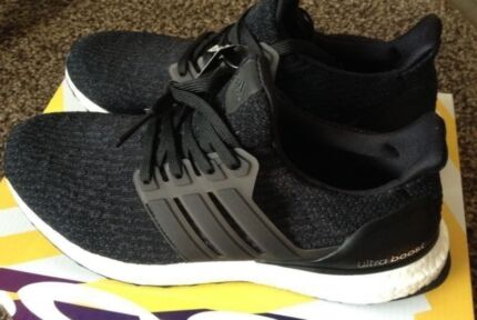 Adidas Ultra Boost 3.0 black 8US yeezy Y-3 nmd pure running NEW