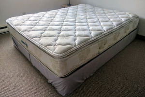 Queen sized mattress and box