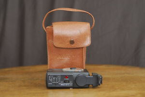 Nikon SB 15 Flash with Case
