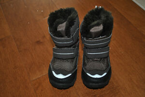Joe Fresh Brand Fur Lined Winter Boots Brown Size 4