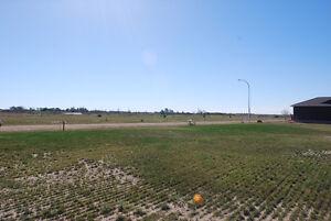 85 x 131 serviced lot in Bethune Regina Regina Area image 1