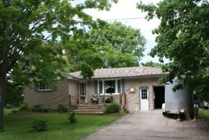 Elora Bungalow Located Near Schools, Park and Arena