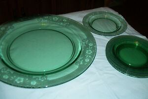 "Green Depression Glass Plate Vesper 15"" & 5 - 7 1/2"" plates"