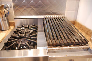 Gas Griddle/Broiler Combo for Inside Barbequing