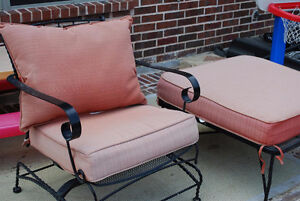 I WANT TO BUY YOUR USED ''cushioned''PATIO SET