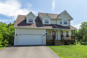 403 Springfield lake, Middle Sackville - A MUST see home!