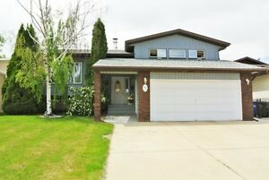 MATURE YARD! TOTAL UPGRADES: GRANITE, HARDWOOD, AC!!