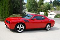 2010 Dodge Challenger RT Coupe (2 door)