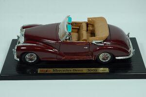 1955 Mercedes Benz 300S die cast model car