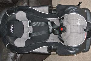 Cosco Alpha Omega 3 in 1 Convertible Car Seat