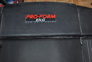 Threadmill- PRO-FORM - EKG Grip Pulse. With Threadmill Instructi Kingston Kingston Area image 2