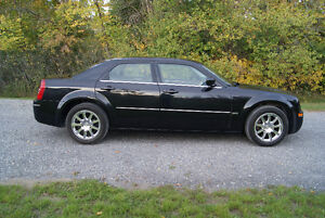 2009 Chrysler 300, WP Chrysler Signature Series Sedan