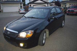 2008 Kia Spectra Black/Grey Hatchback