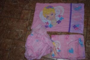 BARBIE CHILD SHEET / DRAP POUR ENFANT BARBIE