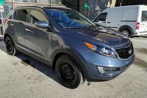 2014 Kia Sportage SX- Low mileage, very good condition