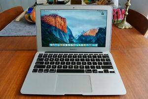 MacBook Air 11 inch Core i7  256GB SSD  8GB RAM