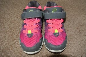 Fila Running Shoes, size 10 - Excellent Condition