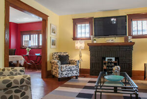 2 Storey Home in Old South London Ontario image 3
