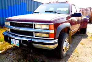 2000 Chevrolet C/K 3500 Pickup Diesel Dually (4WD)-Recent Safety