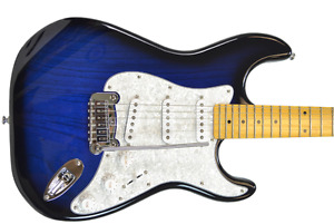 G&L Tribute Legacy blueburst made in Korea + Gator case