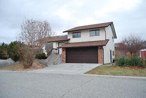 New Price! Nice Family Home in prime cul-de-sac location