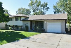 EXCEPTIONAL RIVERSIDE OPPORTUNITY!  1059 COVENTRY OPEN SUN 1-3P