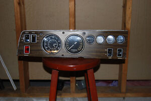 1968-1970 DODGE CHARGER WOODGRAIN GUAGE CLUSTER