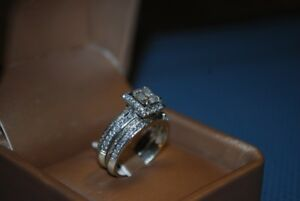 Princess Cut Diamond with Halo (Engagement ring & wedding band)