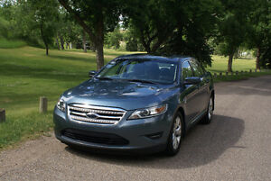 2010 Ford Taurus SEL Very good condition