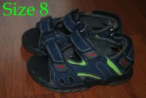 *Boy's Sandals sizes 8 & 9 (1 pair Brand New with tags)