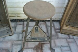 DE L'INDUSTRIEL!! BANC ANTIQUE, TABLES DACTYLOS