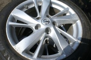 2015 Nissan Altima tires and rims