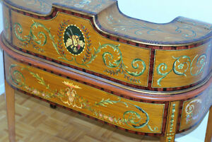 Early 20th century Carlton House Writing Desk with chair (2) Gatineau Ottawa / Gatineau Area image 2