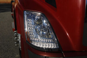 BRAND NEW LED PROJECTION VOLVO HEADLIGHTS