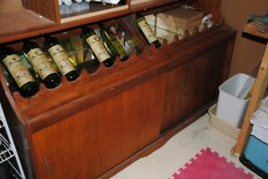 DISPLAY WINE CABINET