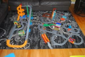 lot de Thomas le Train, Playmobil, Etabli, jouets garcon
