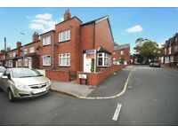 2 bed end terrace DSS welcome with guarantor & bond