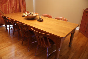Pine harvest table, refinished top, mid 19th century Cornwall Ontario image 1