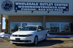 2012 VOLKSWAGEN JETTA TDI DIESEL HIGHLINE WITH LEATHER AND AUTO