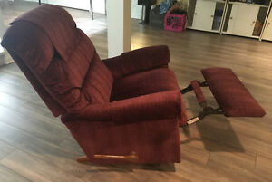 Recliner in excellent condition for sale West Island Greater Montréal image 1