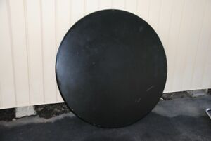 ROUND TABLETOP