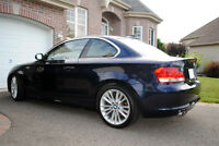 BMW 128i 2009 - Sport Package - 13,000$