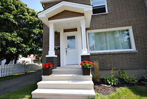 2 BRM FULLY FURNISHED Live like a local in the Heart of Moncton!