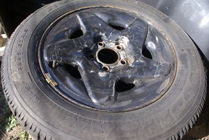 Winter tires and rims 225x60xR16 London Ontario image 2
