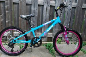 Girl's Avigo Outburst bicycle for sale