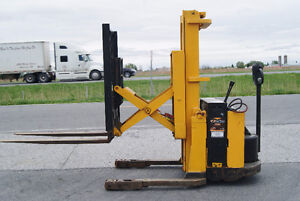 FORKLIFT,CHARIOT ELEVATEUR,REACH,WALKY YALE MRW030