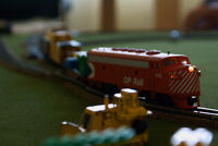 HO scale layout / playing table with train