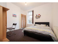 Stunning Double and Single Bedrooms available near city centre