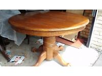 Round dining table,carved, lion shape, extendable, solid oak,105-150CM,no chairs