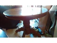 Round dining table,solid oak,extendable,carved,105-150cm,adjust screw,no chair
